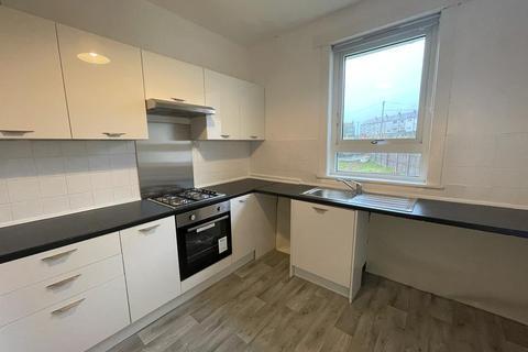 3 bedroom flat to rent - Hillend Crescent, Duntocher, West Dunbartonshire, G81