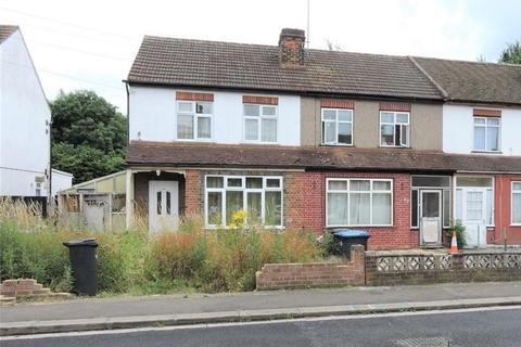 3 bedroom end of terrace house for sale - 78 Medcalf Road, Enfield, Middlesex, EN3 6HL