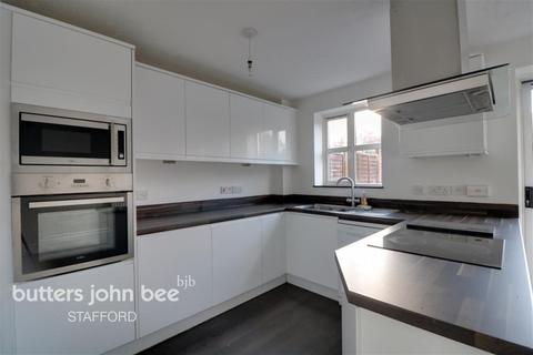 4 bedroom detached house to rent - Oulton Mews, Stone