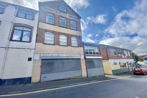 Property to rent - Station Road, Rushden