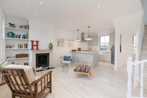 2 bedroom apartment to rent - Crown Road, Twickenham, TW1