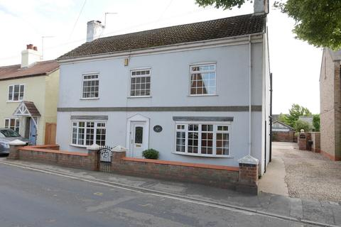 3 bedroom detached house to rent - Main Street, Asselby