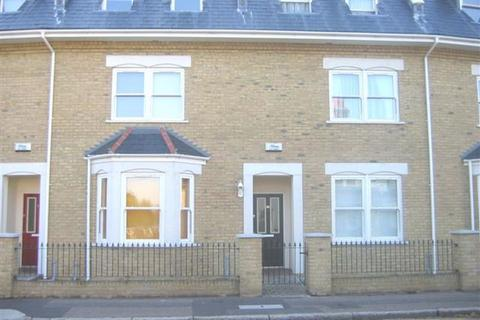 2 bedroom apartment to rent - Park Road, Westcliff-On-Sea