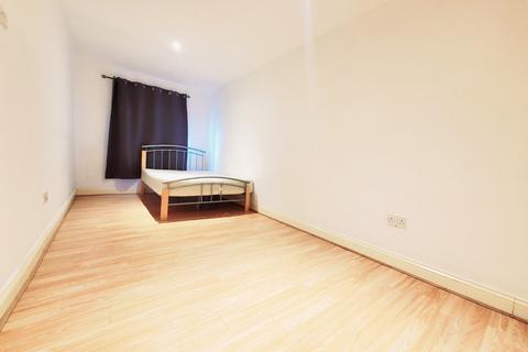 Studio to rent - LENSBURY WAY, ABBEY WOOD, LONDON, SE2 9TA