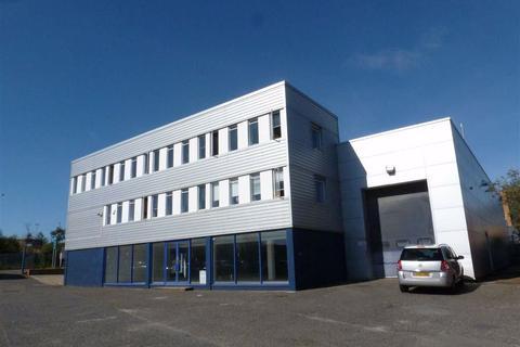 Industrial unit to rent - Park Farm Road, Folkestone, Kent