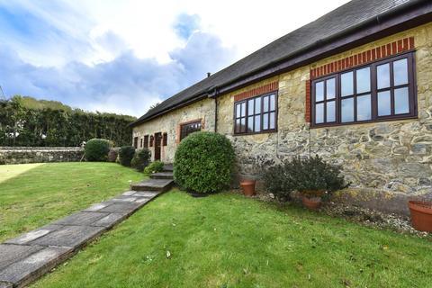 4 bedroom semi-detached house for sale - Chillerton Farm Barns, Chillerton, Newport