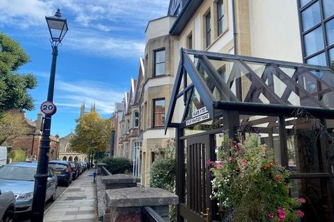 2 bedroom apartment for sale - Whatley Court, 27-29 Whatley Road, Bristol, Somerset, BS8