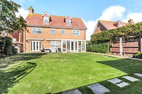6 bedroom detached house for sale - Bramley Way, Angmering, West Sussex, BN16