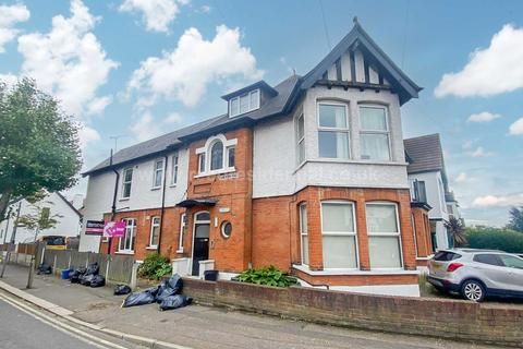 1 bedroom apartment to rent - Canewdon Road, Westcliff On Sea