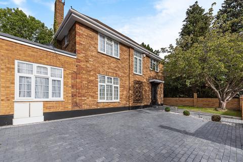 4 bedroom detached house for sale - Sudbury Hill Close,  Wembley, HA0