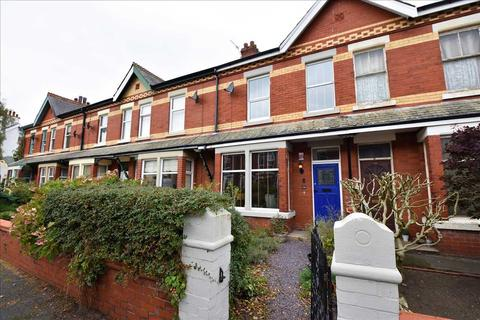 3 bedroom house to rent - Derby Road, Lytham St. Annes