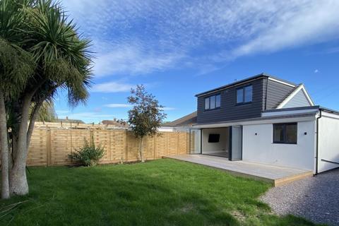 4 bedroom bungalow for sale - Kingston Close, Shoreham-by-Sea, BN43