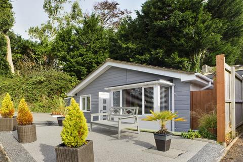 2 bedroom detached bungalow for sale - Blake Close Torquay