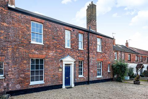 3 bedroom townhouse for sale - Trenowath Place, King's Lynn