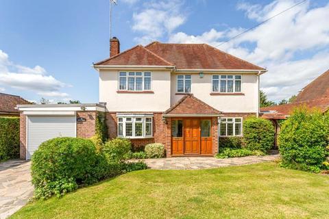 4 bedroom detached house for sale - Seer Mead, Seer Green, Beaconsfield, Buckinghamshire, HP9