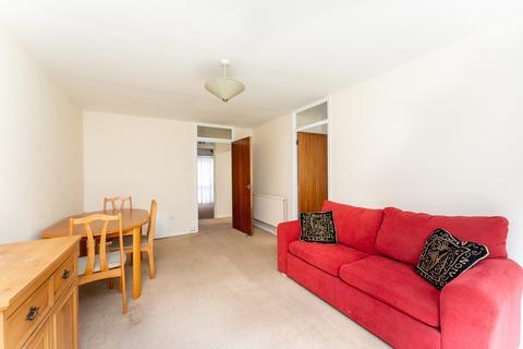 1 bedroom ground floor flat to rent - Grosvenor Road, Wanstead