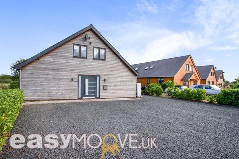 3 bedroom detached house for sale - PROPERTY REFERENCE OP1-507 - Executive Lodge, Brinkworth