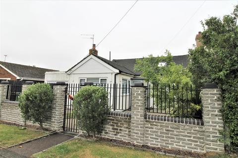 3 bedroom detached bungalow for sale - Saxon Avenue, Minster On Sea, Sheerness