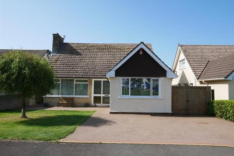 4 bedroom detached bungalow for sale - Dunster Drive, Sully