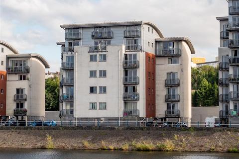 3 bedroom flat for sale - Pierhead View, Penarth Marina