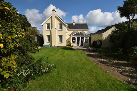 4 bedroom detached house for sale - Carwinion Road, Mawnan Smith, Nr Falmouth