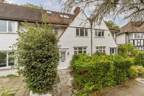 4 bedroom terraced house for sale - Princes Avenue, Acton, London