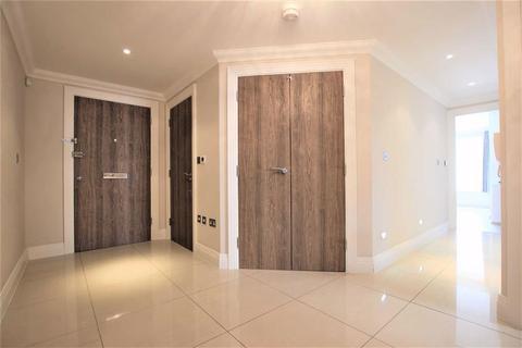 3 bedroom flat to rent - Cadogan Gardens, London