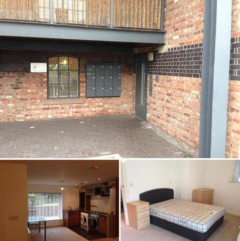 2 bedroom apartment to rent - Elphins Drive, Warrington WA4