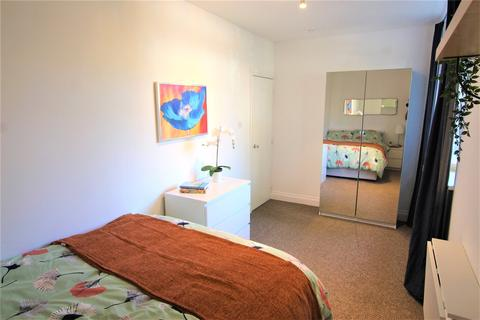 1 bedroom property to rent - Grove Street, London, Greater London, SE8