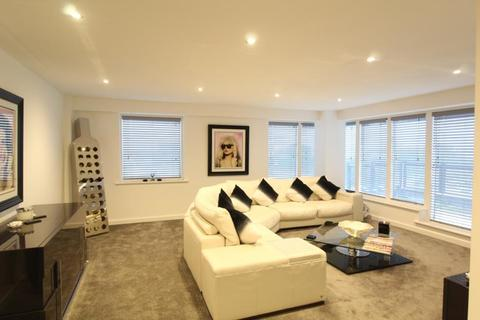 3 bedroom apartment for sale - THE QUAYS, 3 CONCORDIA STREET, LEEDS, LS1 4ES