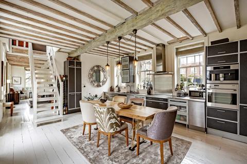 2 bedroom flat to rent - Mortlake High Street, London, SW14