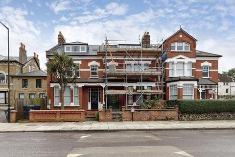 Flat share to rent - Haringey Park, London, N8