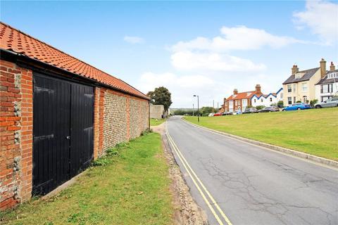 Garage to rent - Gun Hill, Southwold, IP18