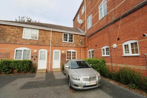 2 bedroom terraced house to rent - Palmerston Road, Bournemouth BH1