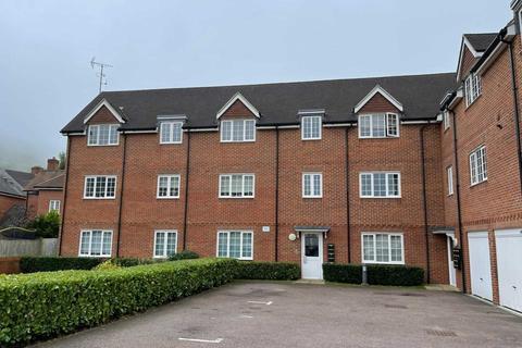 2 bedroom flat to rent - Uxbridge Road, Wendover