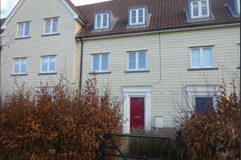 3 bedroom townhouse to rent - Meadow Crescent, Purdis Farm IP3