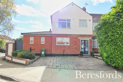 3 bedroom semi-detached house for sale - Clyde Crescent, Upminster, RM14