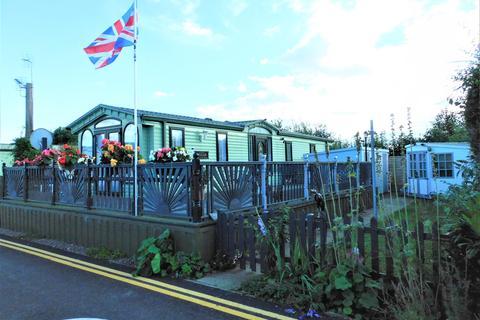 2 bedroom mobile home for sale - Heron Orchard Holiday Park, Frostley Gate