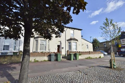 1 bedroom flat for sale - New Barn Street, Plaistow, London, E13 8JZ