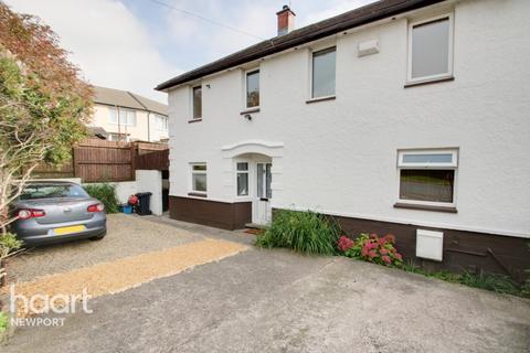 3 bedroom semi-detached house for sale - Hawthorne Avenue, Newport