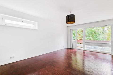 2 bedroom flat for sale - Stanhope Road, Highgate