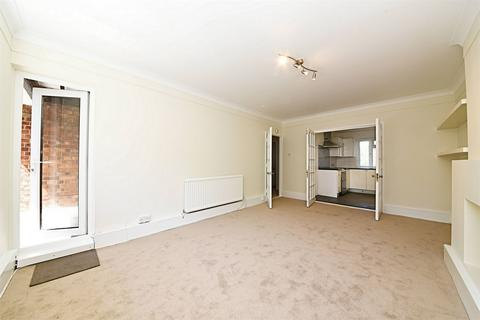 3 bedroom flat to rent - Elmshurst Crescent, East Finchley, N2