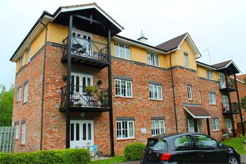 2 bedroom apartment to rent - Lyndhurst Road , GU51 1EY
