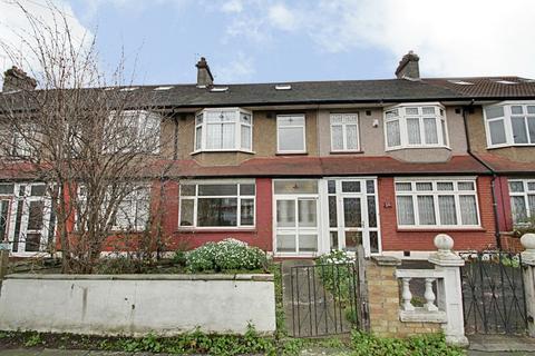 4 bedroom terraced house to rent - Downhills Way, Tottenham