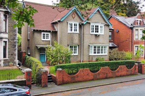6 bedroom detached house for sale - 4 Salisbury Road, Maesteg, Bridgend, CF34 9EG