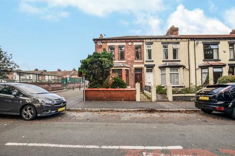 3 bedroom terraced house to rent - Victoria Road, Runcorn