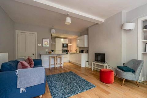 2 bedroom flat to rent - Findhorn Place, The Grange, Edinburgh