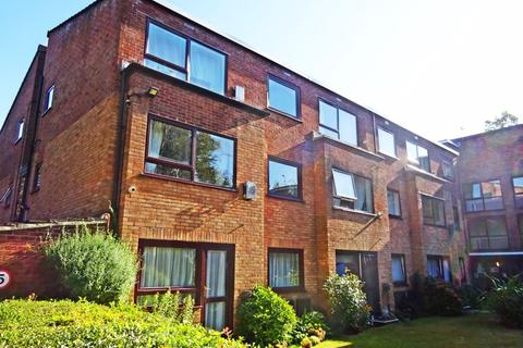 1 bedroom retirement property for sale - Flat for the Over 55's. Homeleigh House, Wellington Road, Bournemouth, BH8