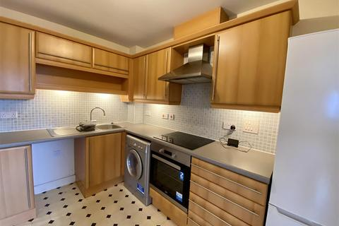2 bedroom flat for sale - 62 Peter Candler WayKenningtonAshfordKent