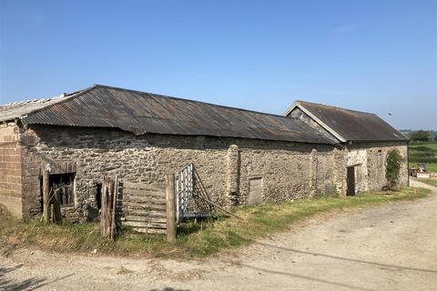 4 bedroom property with land for sale - Nadrid Cross, Brayford